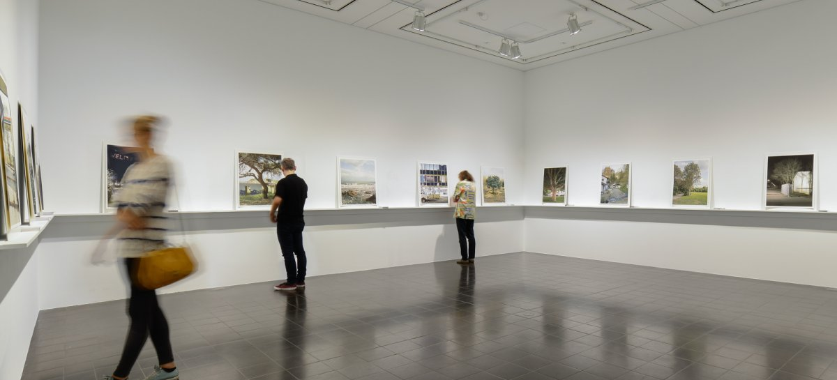 Ausstellungsansicht | Installation view: Triennale der Photographie, Hamburger Kunsthalle: Eva Leitolf »Postcards from Europe 06/15«